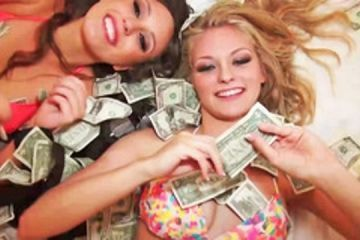 Making a threesome between money bills