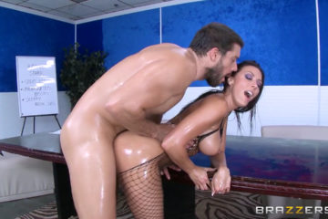 Rachel starr fucking in lingerie with a big cock