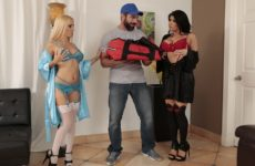 Big Tip For Pizza Sluts with Romi Rain and Aspen Romanoff and Charles Dera