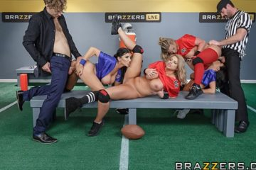 Halftime Show II with Brooklyn Chase and Phoenix Marie and Romi Rain and Veronica Avluv and Charles Dera and Michael Vegas