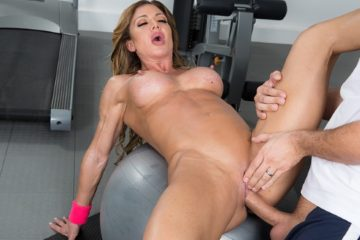 Nina's Workout with Nina Dolci and Keiran Lee