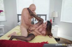 Mother Daughter Mix Up with Ariella Ferrera and JMac