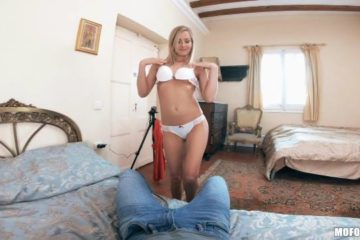 Sicilia in Stranded Teens