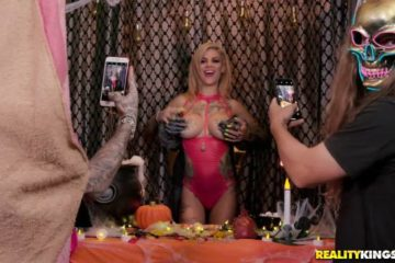 Trick Or Twat with Bonnie Rotten and Mick Blue