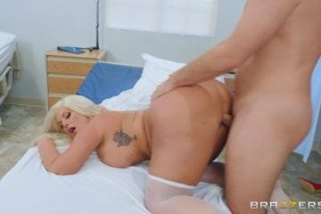 Blonde nurse with curves called Julie Cash fucking