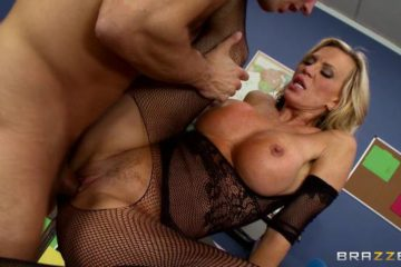 Amber Lynn fucking his lover in love