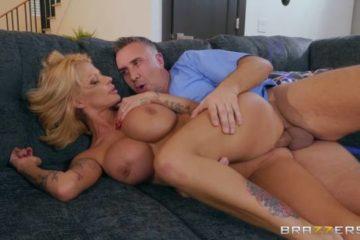 Joslyn James doing erotic sex